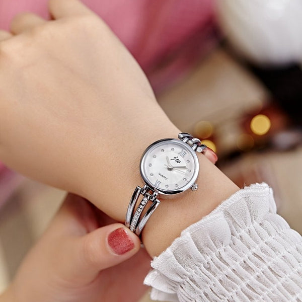 JW 3512 Fashion Round Dial Rhinestones Alloy Lady  Bracelet Bangle Women Dress Quartz Watch