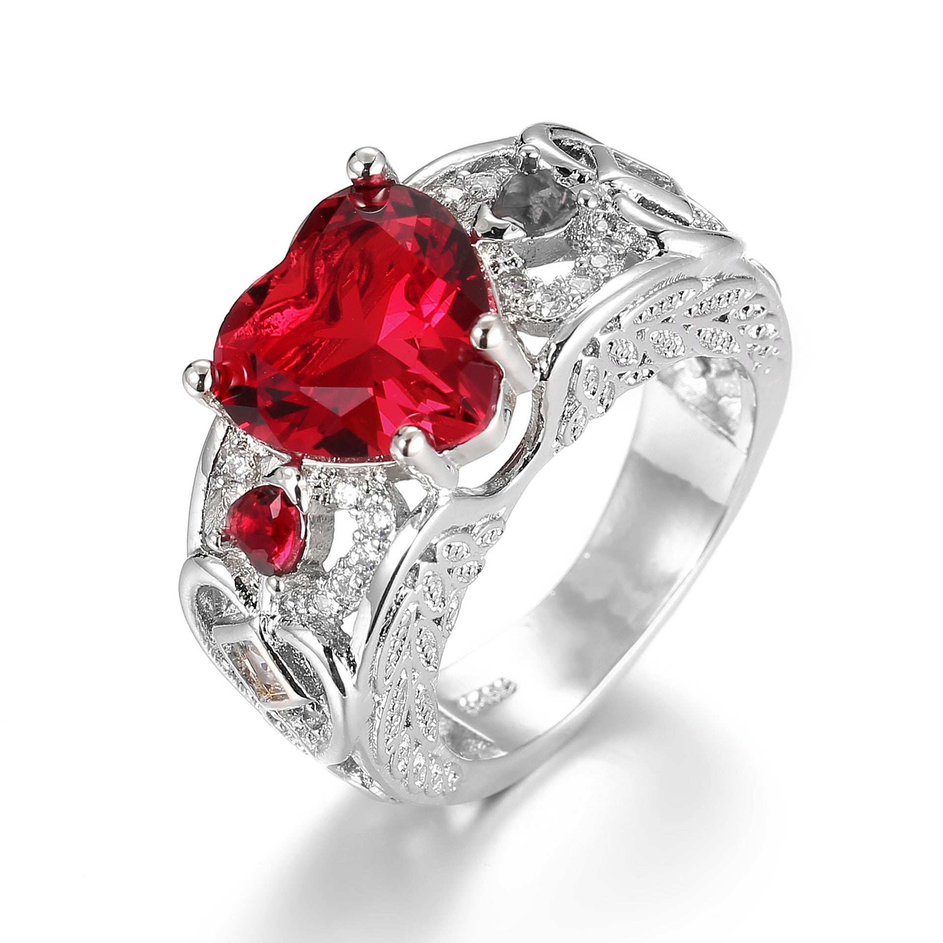 Trendy Heart Shape Hollow Ruby Women Ring Gift