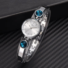 Load image into Gallery viewer, Elegant Big Crystal Women Simple Dial Quartz Watch Bracelet