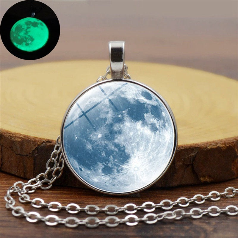 Retro Luminous Moon Long Necklace