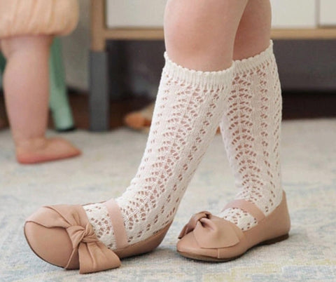 Knitted knee high socks size 1-4 yrs old