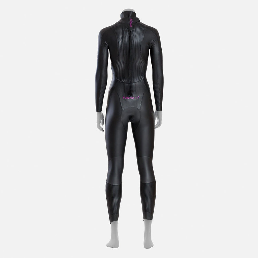deboer Fjord 1.0 triathlon and open water swimming elite race wetsuit.  Women's.  Back view. Black with purple deboer logo
