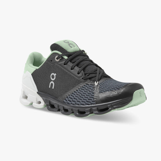 On Cloudflyer 3.0 Women's performance running trainer | Black / White