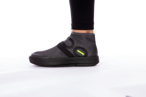 Women's OOmg Fibre High Shoe - Black & Gray