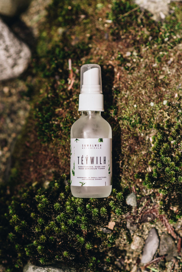 Téýwilh Sweetgrass, Sage and Rose Geranium Toner (*In winter, available to Coastal BC regions only)