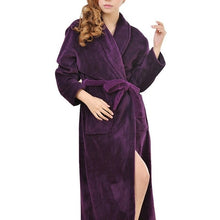 Load image into Gallery viewer, Plush Spa Robe