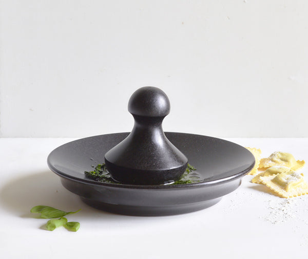 Black Granite Classic Ball Pestle & Mortar