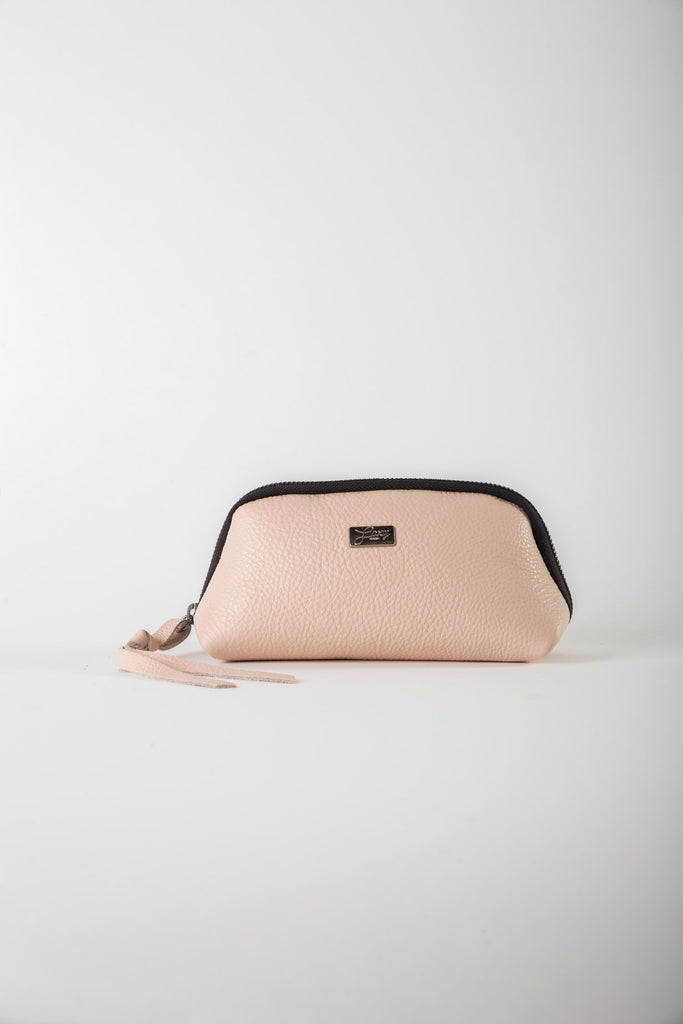 Aida off pink leather medium pouch
