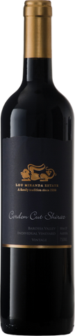 A full bodied wine displaying great palate weight, length and structure. Juicy berry characters are complemented by spicy flavours and ripe tannins. The oak delivers persistence of flavour and length