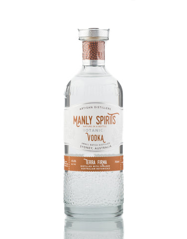 Influenced by the lush bushlands that border the stunning Manly coastline, Manly Spirits Terra Firma Botanical Vodka uses sustainably foraged Australian native botanicals and exotic spices, imparting a sweet orange nose, with a rich roasted nutty finish.