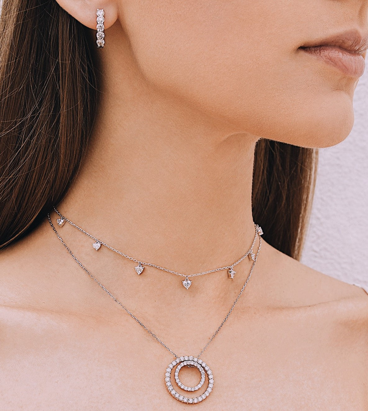 Choker Necklace with Heart Shaped Diamonds