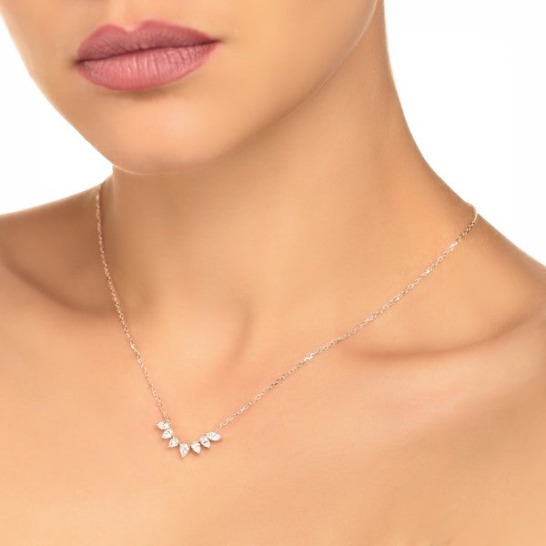 arc shaped pear diamond pendant model photo