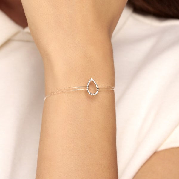 Floating Pear-Shaped Round Diamond Bracelet