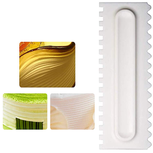 Striped Ridge Icing Comb - bakeware bake house kitchenware bakers supplies baking
