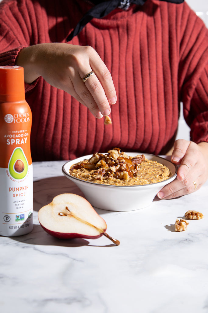 Chosen Foods Pumpkin Spice Avocado Oil Spray - Pumpkin Spice Roasted Pear Overnight Oats