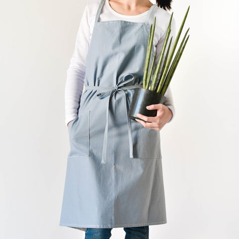 Linen Apron | - Texuh Port. The Business, Brand & Influencer Store. FREE SHIPPING ON ALL ORDERS. Influencer Marketing, Influencer Tools, Business Tools, Business Marketing, Content Creator.
