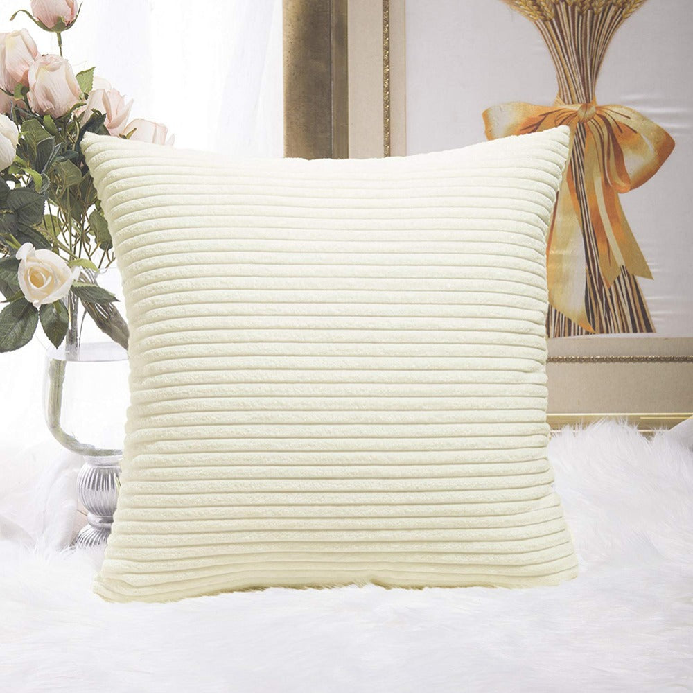 Plush detailed soft cushion cover
