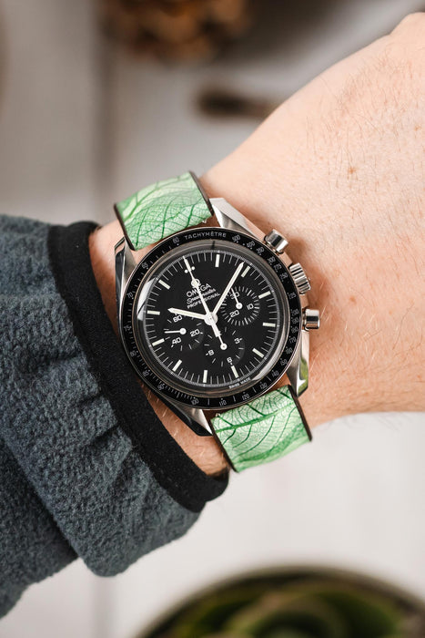 Hirsch LEAF Vegan Performance Rubber Watch Strap in GREEN