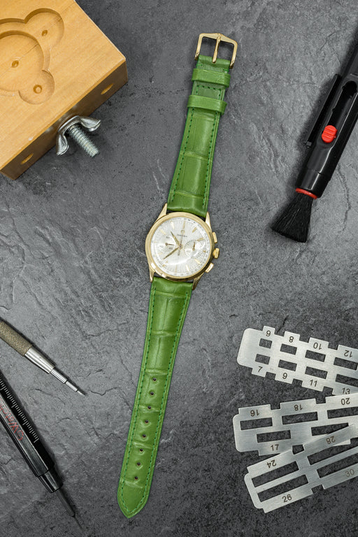 Hirsch LONDON Matt Alligator Leather Watch Strap in GREEN