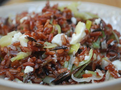 Red rice with feta and leeks