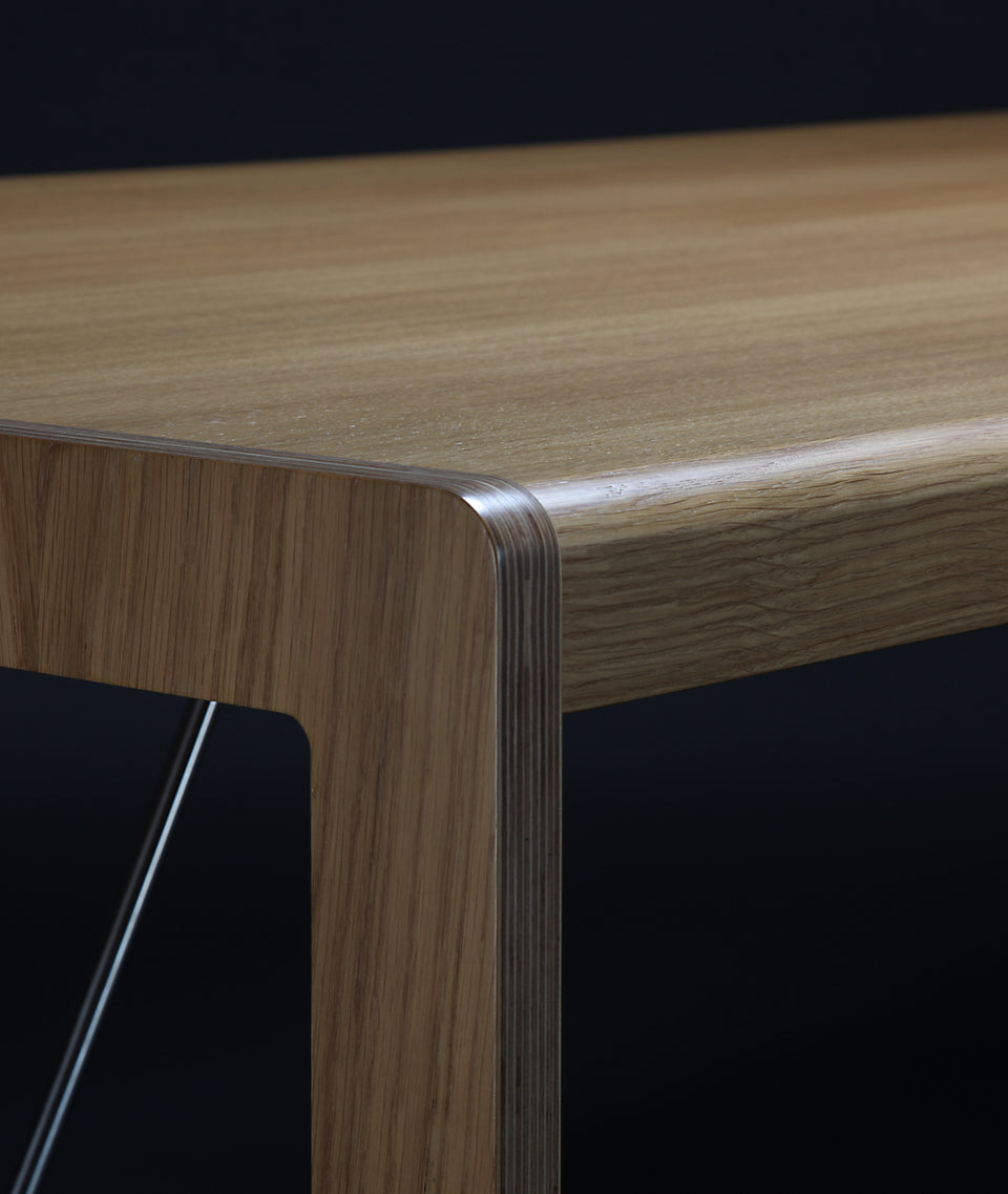 MODO dining table
