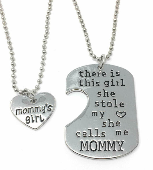MOMMYS GIRL NECKLACE - UNDER4