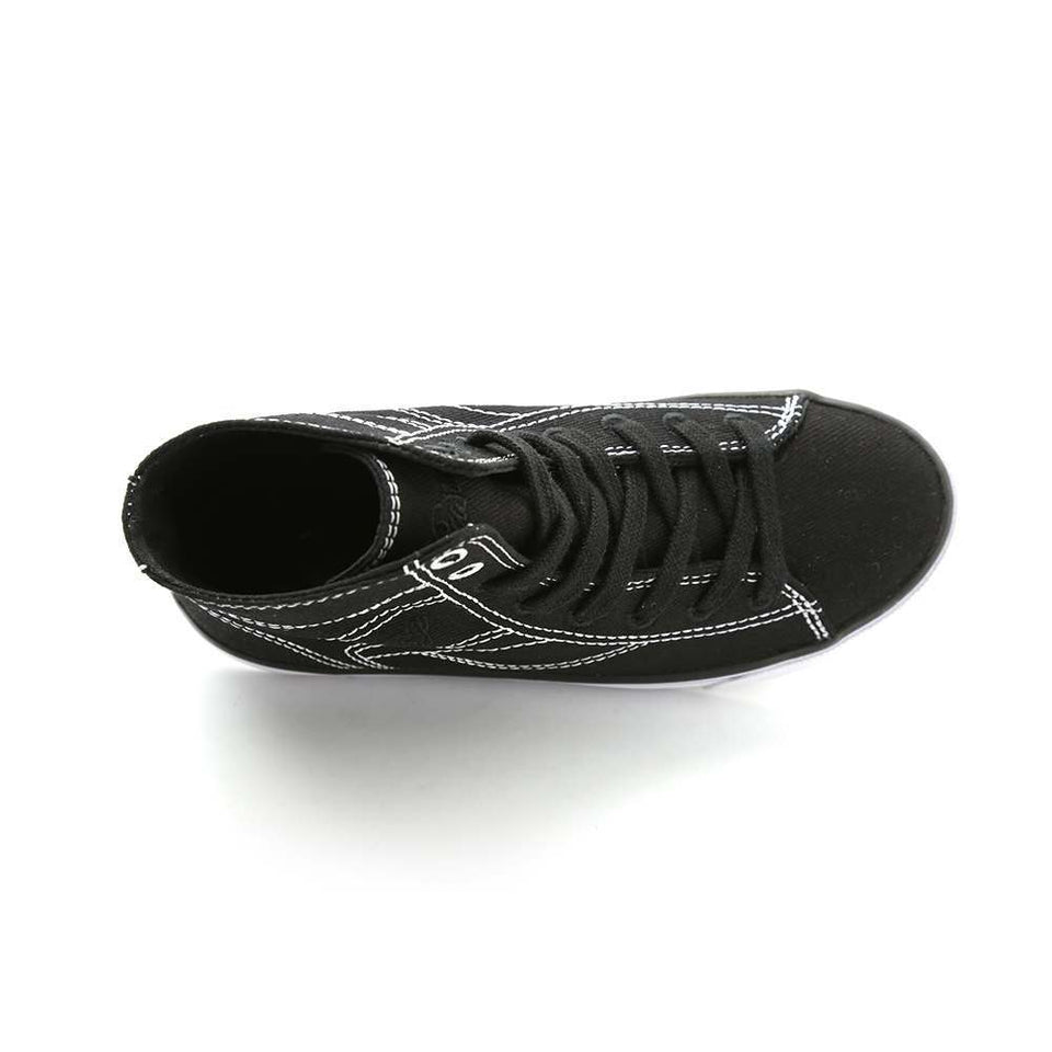 Pastry Cassatta Youth Dance Sneaker in Black/White