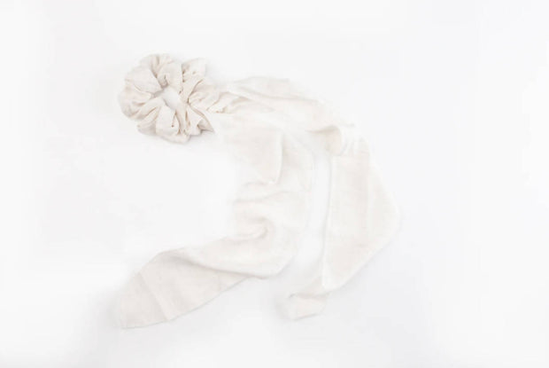 Natural Seeded Linen Hair Scrunchie - White