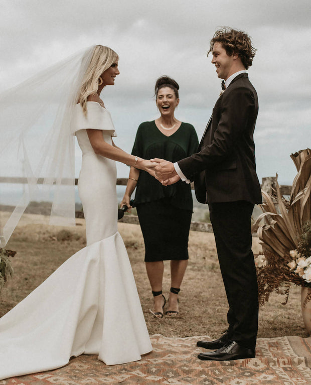 Byron Bay Celebrant - MicroWedding Ceremony (upto 35 guests)