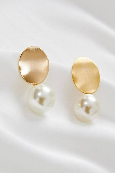KALLISTA - 18K GOLD PEARL DROP EARRINGS