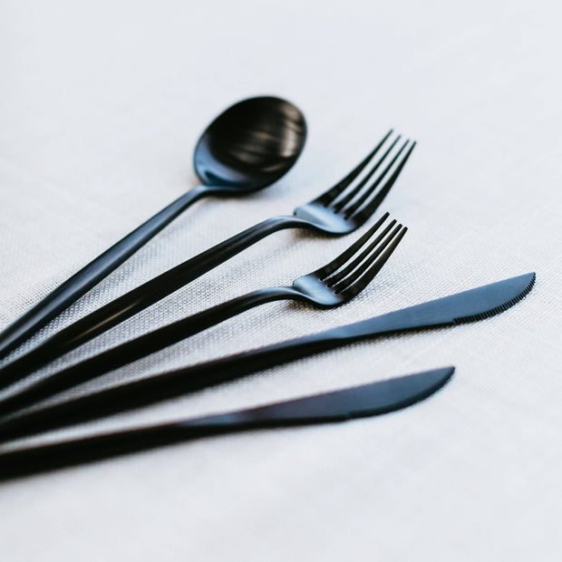 CLASSIC MATTE BLACK CUTLERY 5-PIECE SET