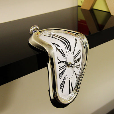 Creative Desk Circular Hanging Melting Art Wall Clock