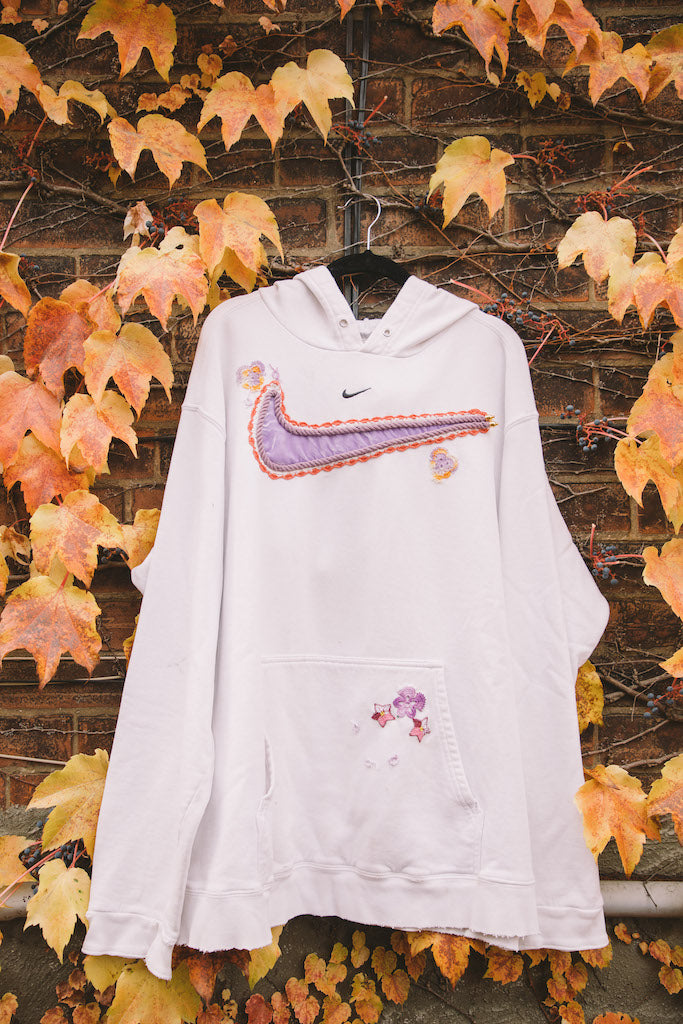 Mini Swoosh (White/Orange/Purple)