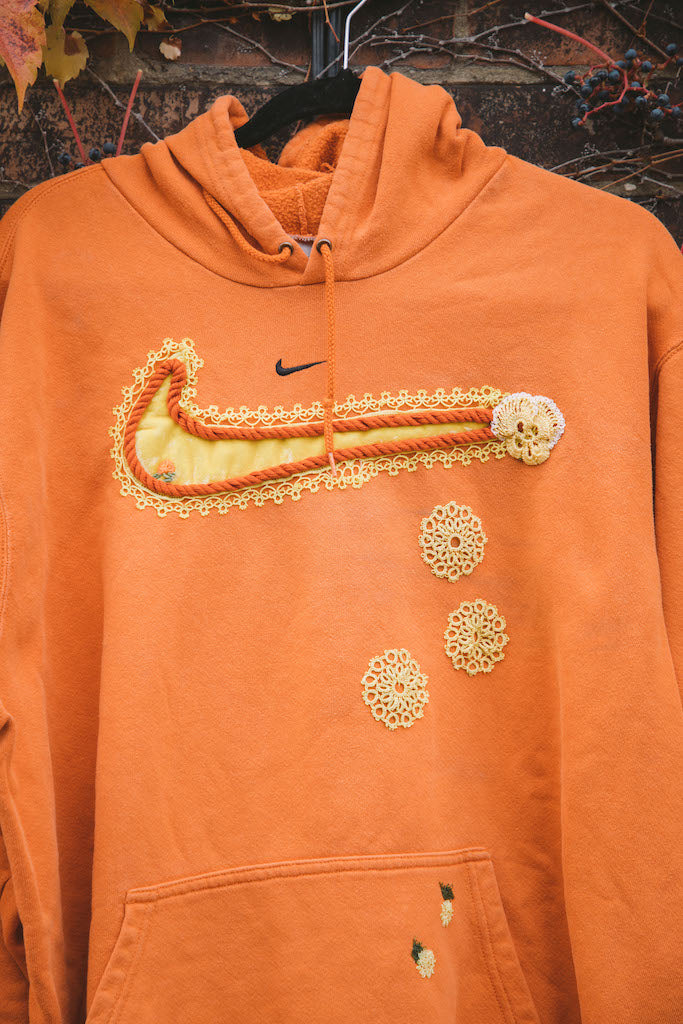 Mini Swoosh (Orange/Yellow)