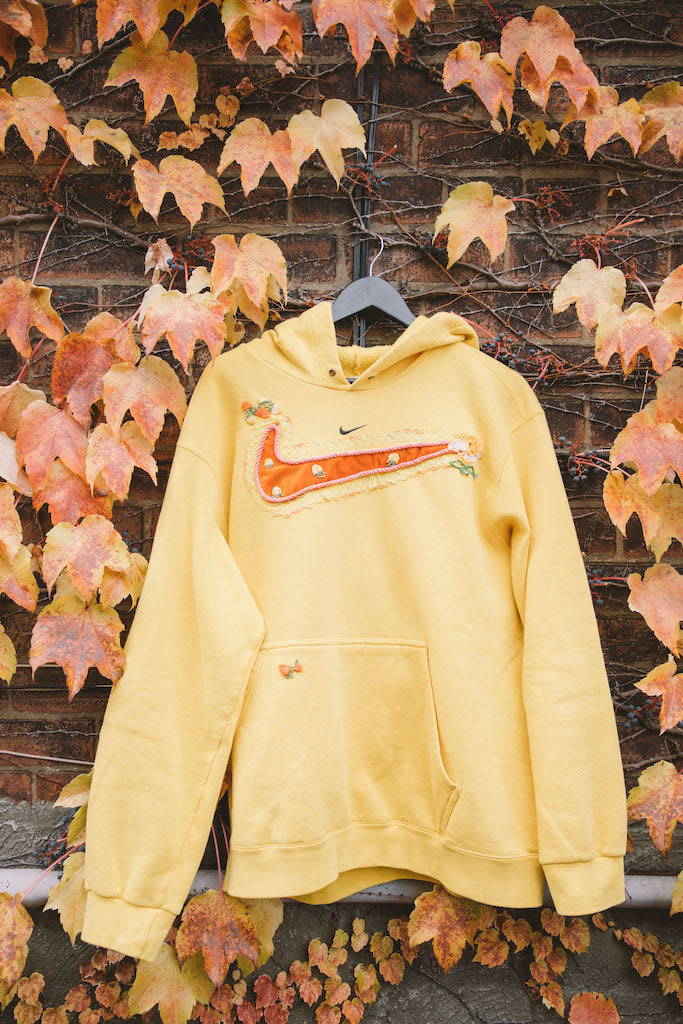Mini Swoosh (Sunshine Yellow)