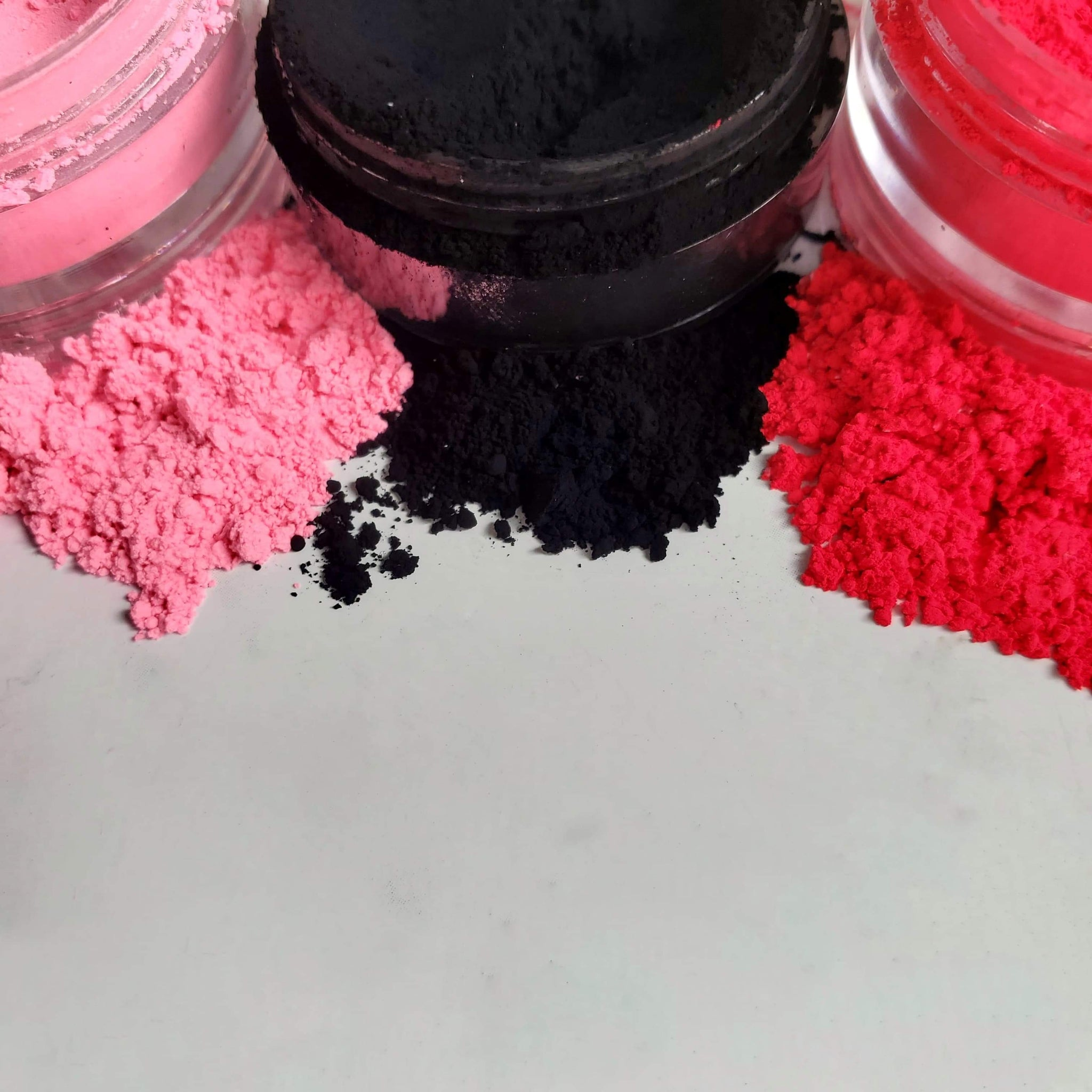 Anti Valentine Pigment Stacker
