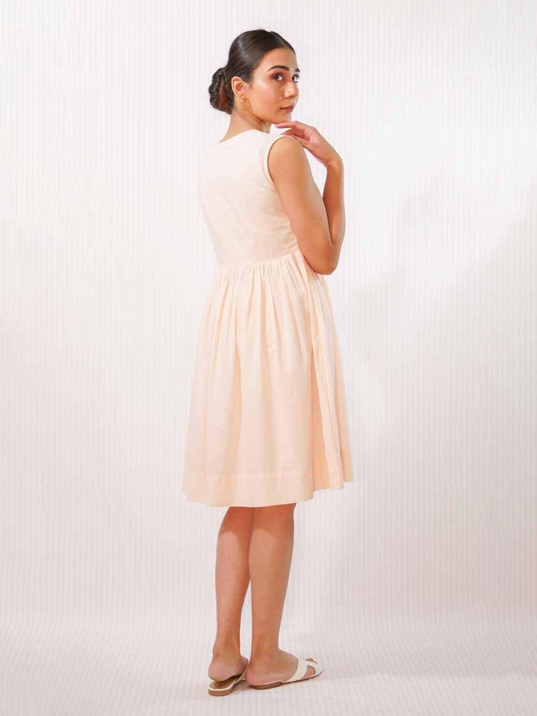Peachy Tint - V Neck Gathered Dress - Thevasa