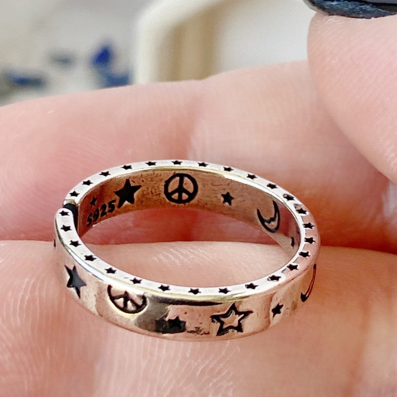 'Hyped Hippie' Adjustable Sterling Silver Ring - KawaiiKandi