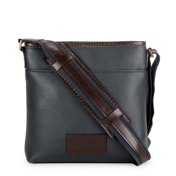 Leather Messenger Bag - PR1132