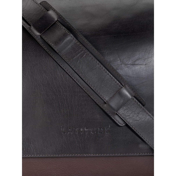 Leather Messenger Bag - PR1133