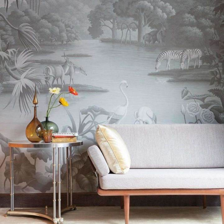 African Savannah Chrystal Grey behang De Gournay Selected wallpapers by OOSTENDORP
