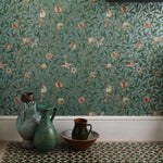 Bird & Pomegranate behang Morris & Co Selected wallpapers by OOSTENDORP