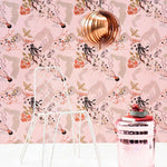 Champagne behang Pierre Frey Selected wallpapers by OOSTENDORP