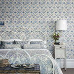 Daisy behang Morris & Co Selected wallpapers by OOSTENDORP