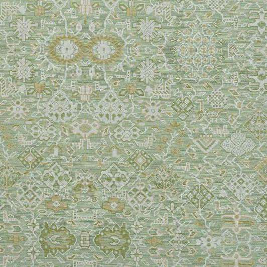 Le tapis d'ardabil Amande behang Pierre Frey Selected wallpapers by OOSTENDORP