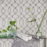 Rabeschi behang Designers Guild Selected wallpapers by OOSTENDORP