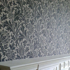 Thistle behang Morris & Co Selected wallpapers by OOSTENDORP