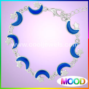 Moon and Star Mood Bracelet