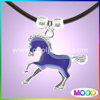 HORSE MOOD NECKLACE