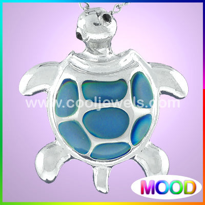 Mood Turtle Necklace